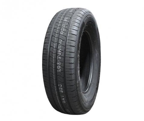 Kumho 2356516 115/113R KC53